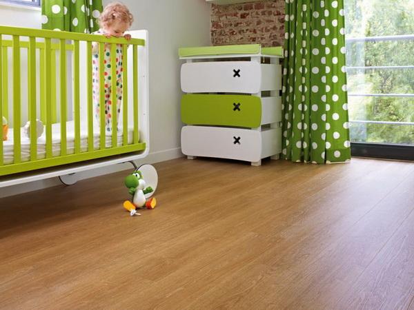 Клеевая ПВХ плитка FineFloor Wood FF-1400 в детской